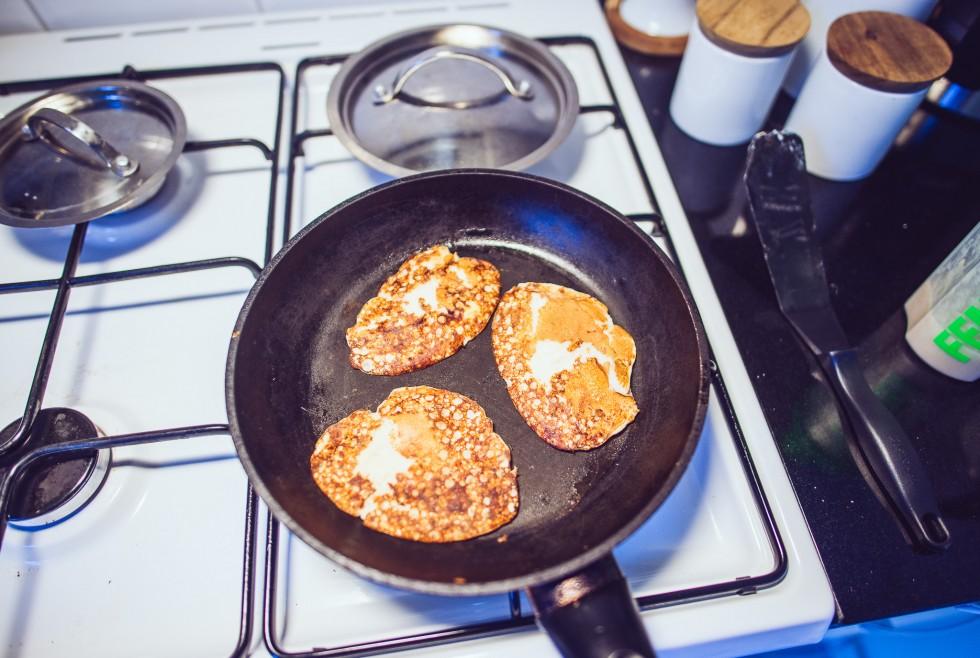 janni-deler-femimal-pancakes-shakenmakeDSC_8675