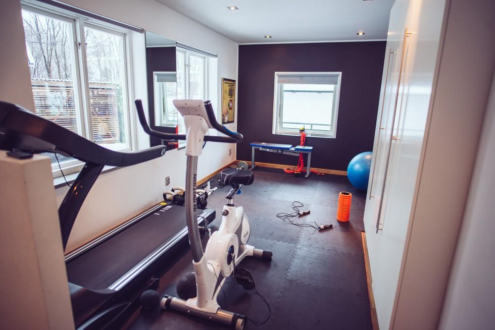 janni-deler-home-workoutDSC_0222