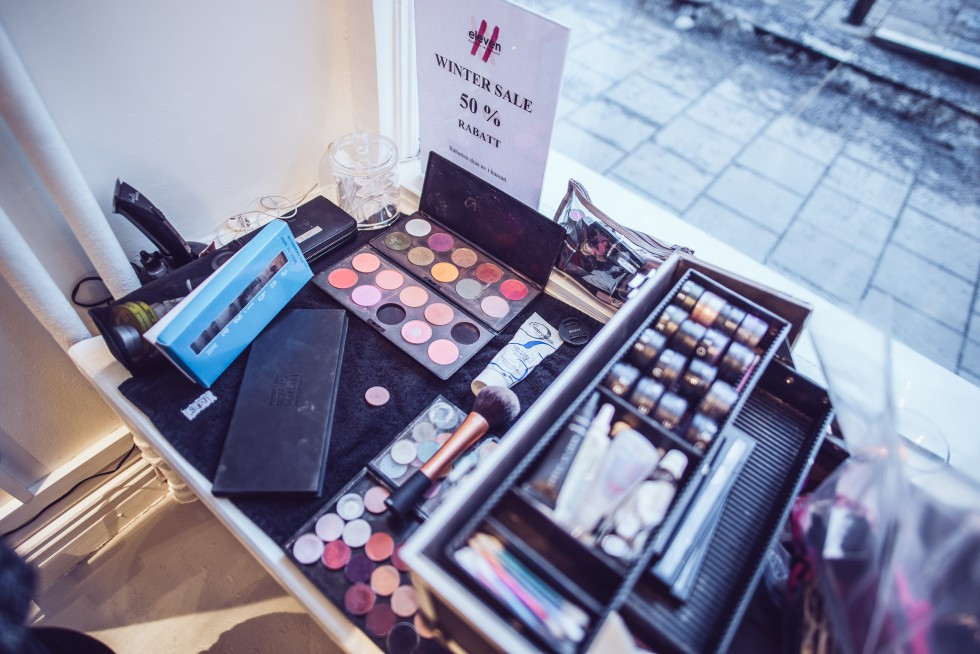 janni-deler-make-up-readyDSC_9360
