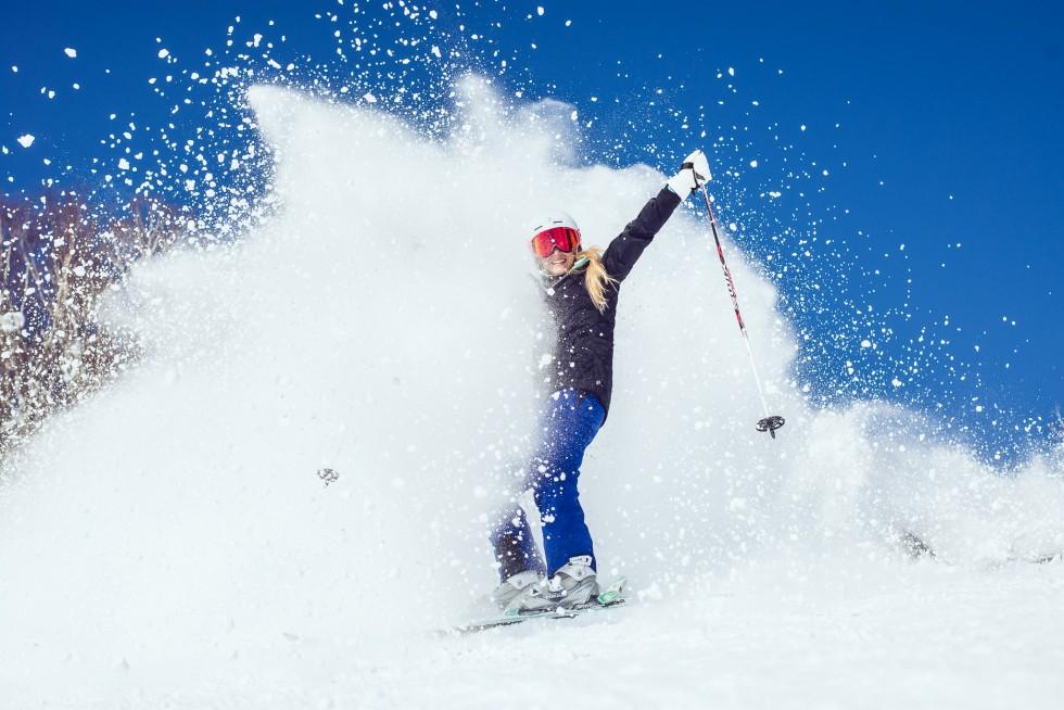 janni-deler-snow-splashDSC_9767
