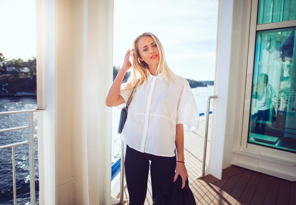 janni-deler-boat-outfitDSC_1480