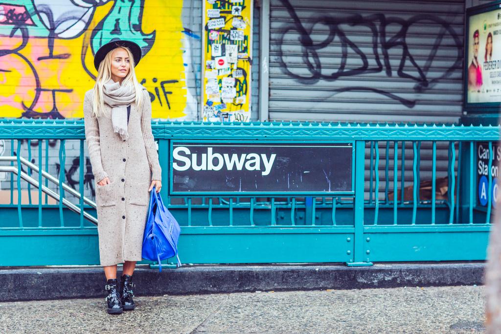 janni-deler-subway-newyork5F4A9432
