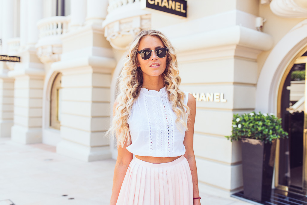 janni-deler-bright-colors-chanelstore-monacoDSC_4036