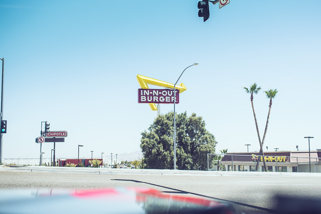 janni-deler-in-n-out-burgerDSC_5068