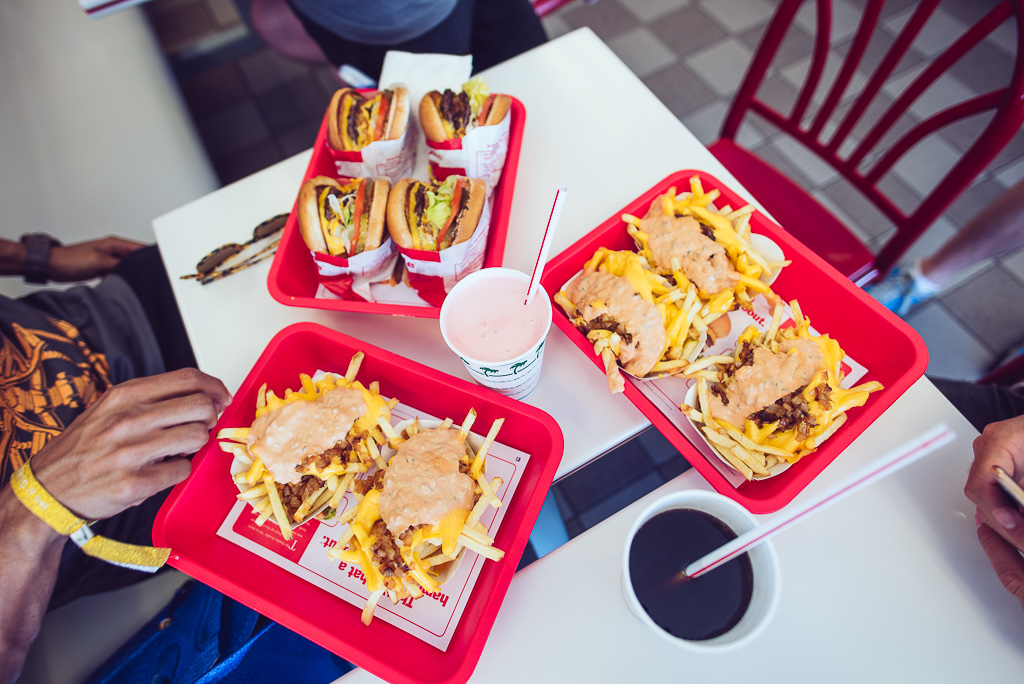 janni-deler-in-n-out-burgerDSC_5073