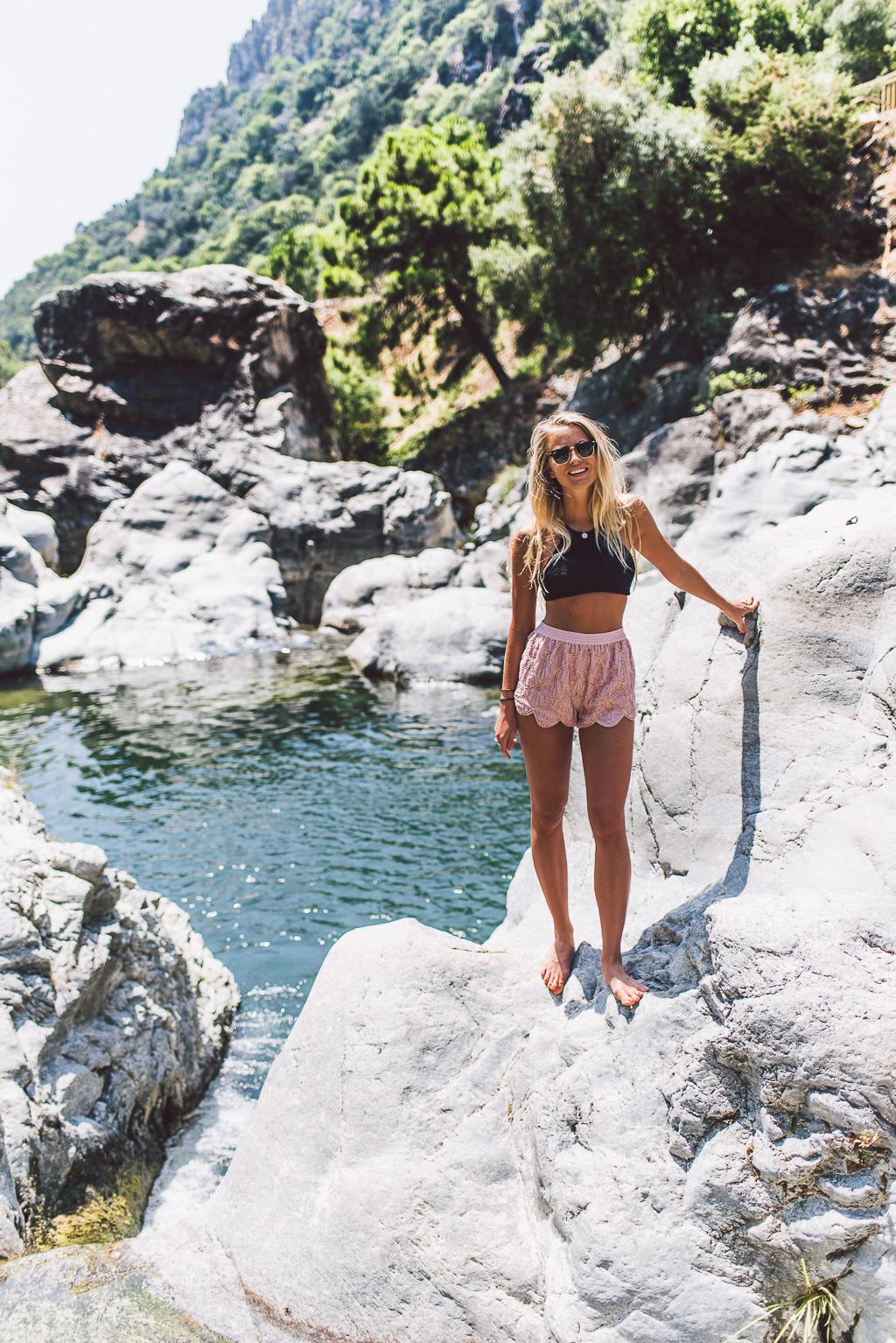 janni-deler-cliff-jumpingDSC_7960