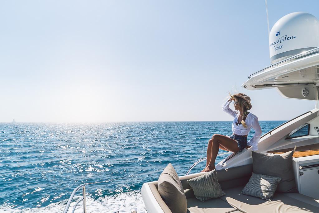 janni-deler-boat-marbellaDSC02518