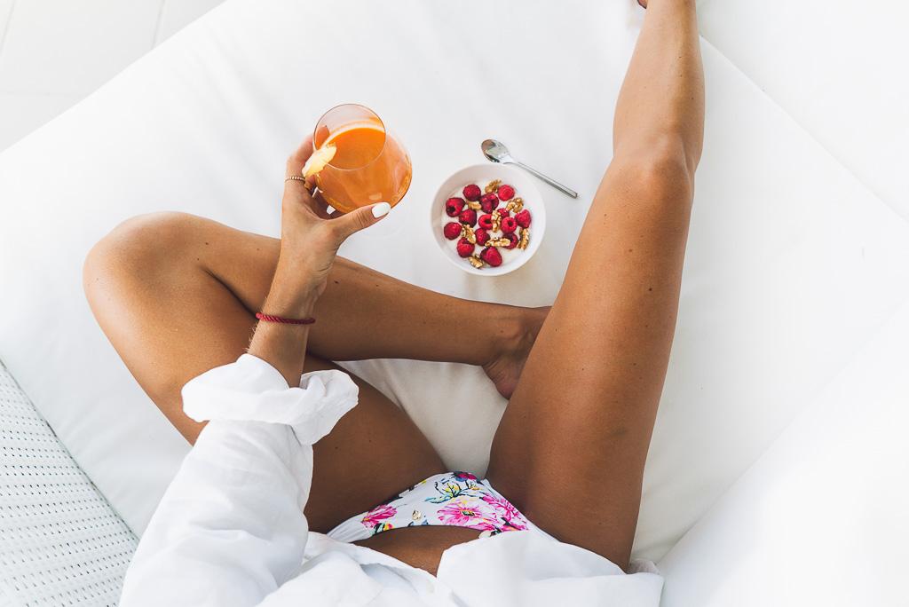 janni-deler-carrot-berries-breakfastDSC03423