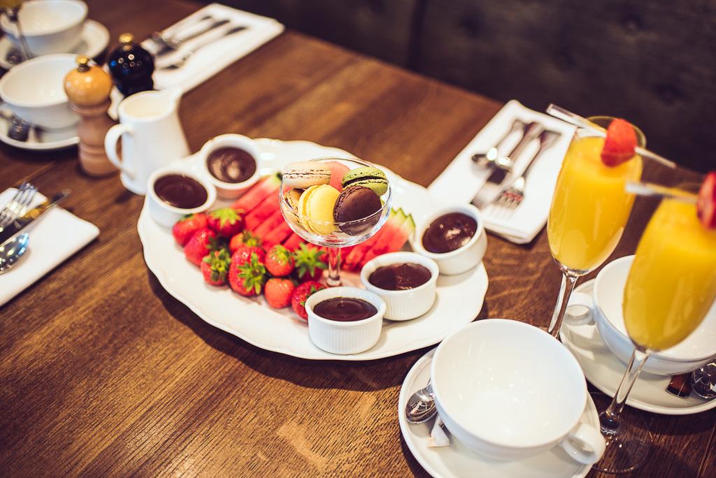 janni-deler-hotel-breakfast-lydmar-hotell-stockholmDSC_1480