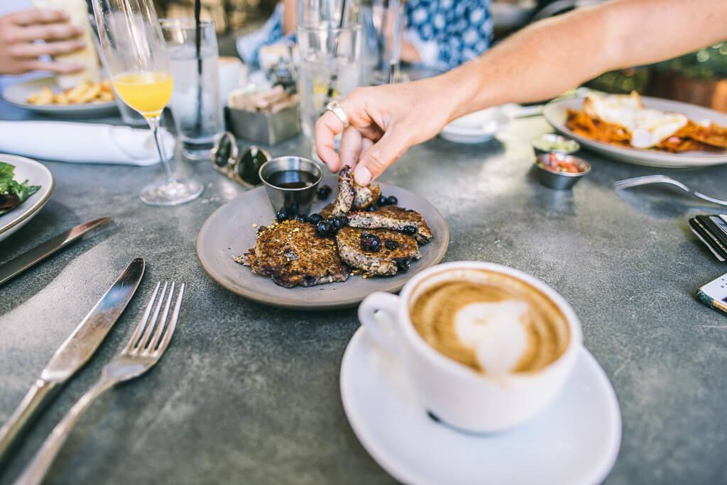 janni-deler-pedalers-fork-breakfastDSC_6128