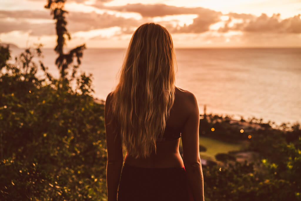 janni-deler-sunset-hikeDSC09972