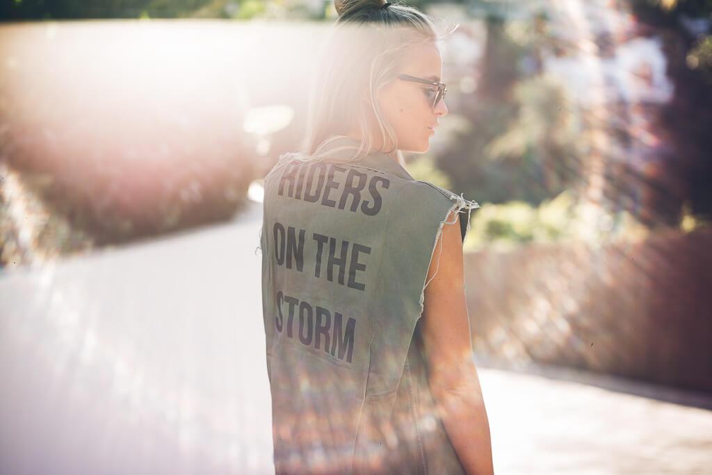 janni-deler-storm-rider-vestL1002384