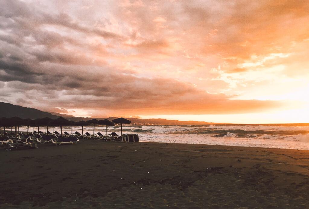 janni-deler-beach-sunriseIMG_5106