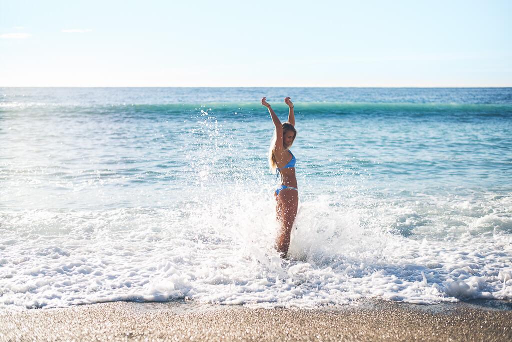 janni-deler-morning-swim-monacoL1005727