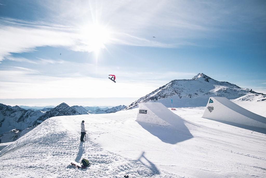 janni-deler-ski-day-stubaiL1005158
