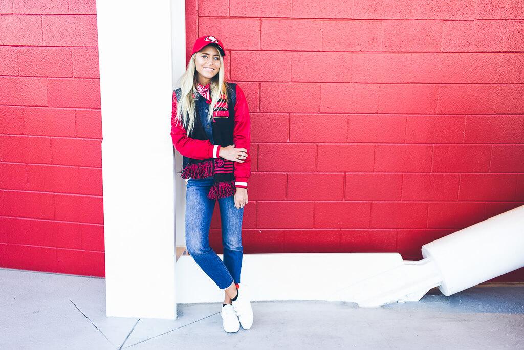 janni-deler-49ers-look-levisL1006702