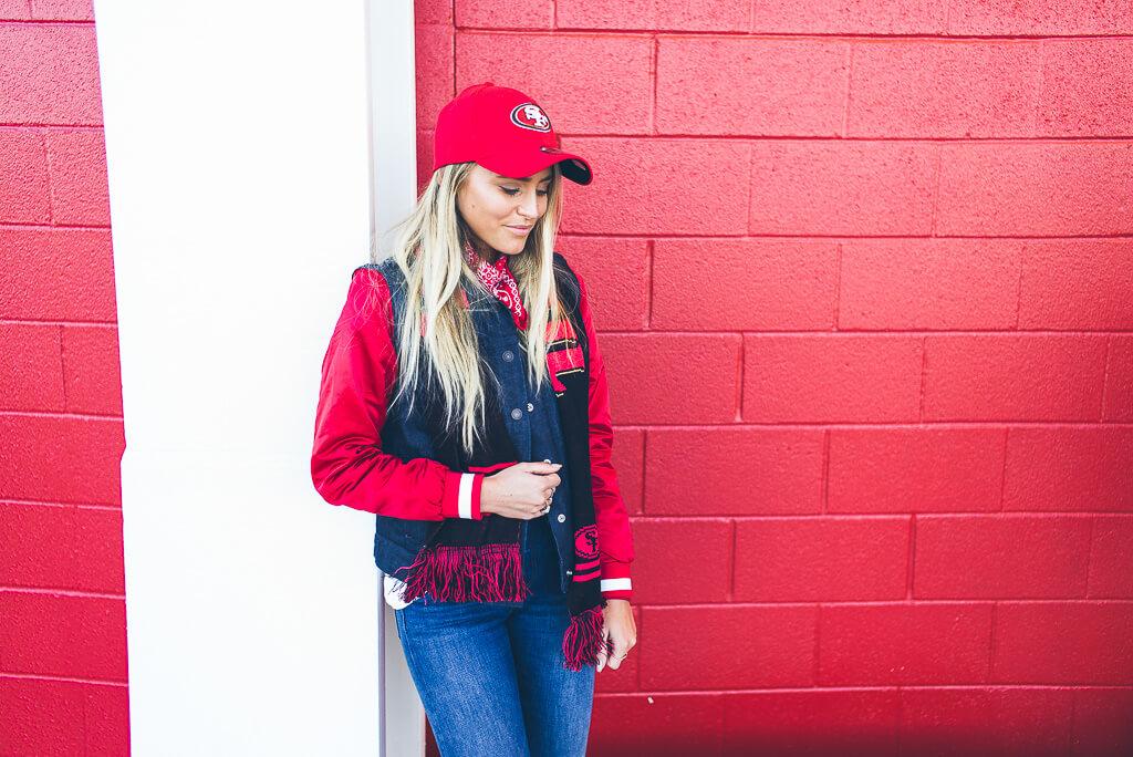janni-deler-49ers-look-levisL1006704