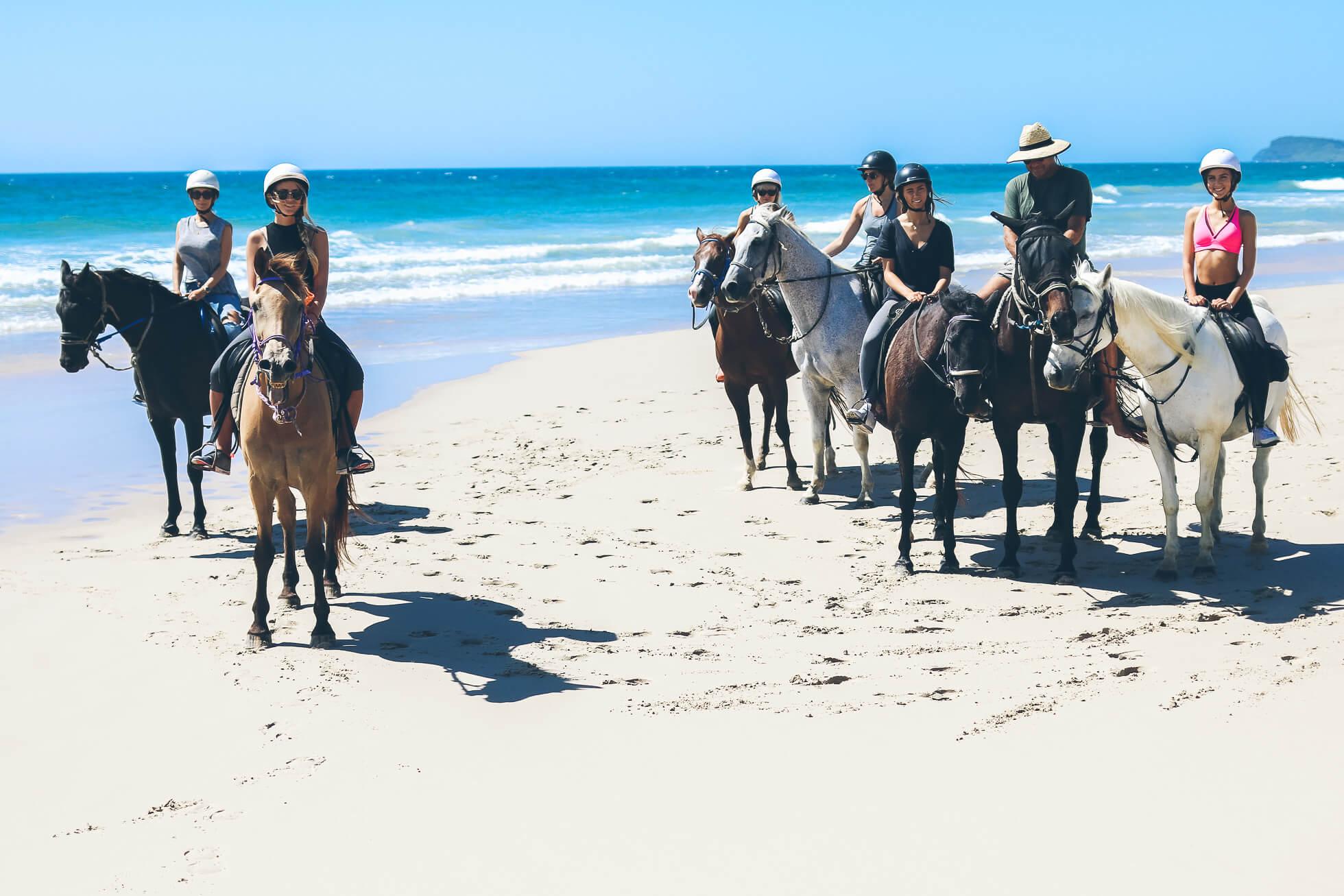 janni-deler-horseback-riding-byronbayIMG_1491