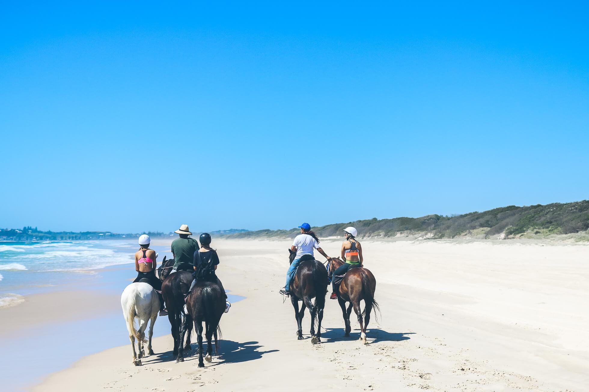 janni-deler-horseback-riding-byronbayIMG_1511
