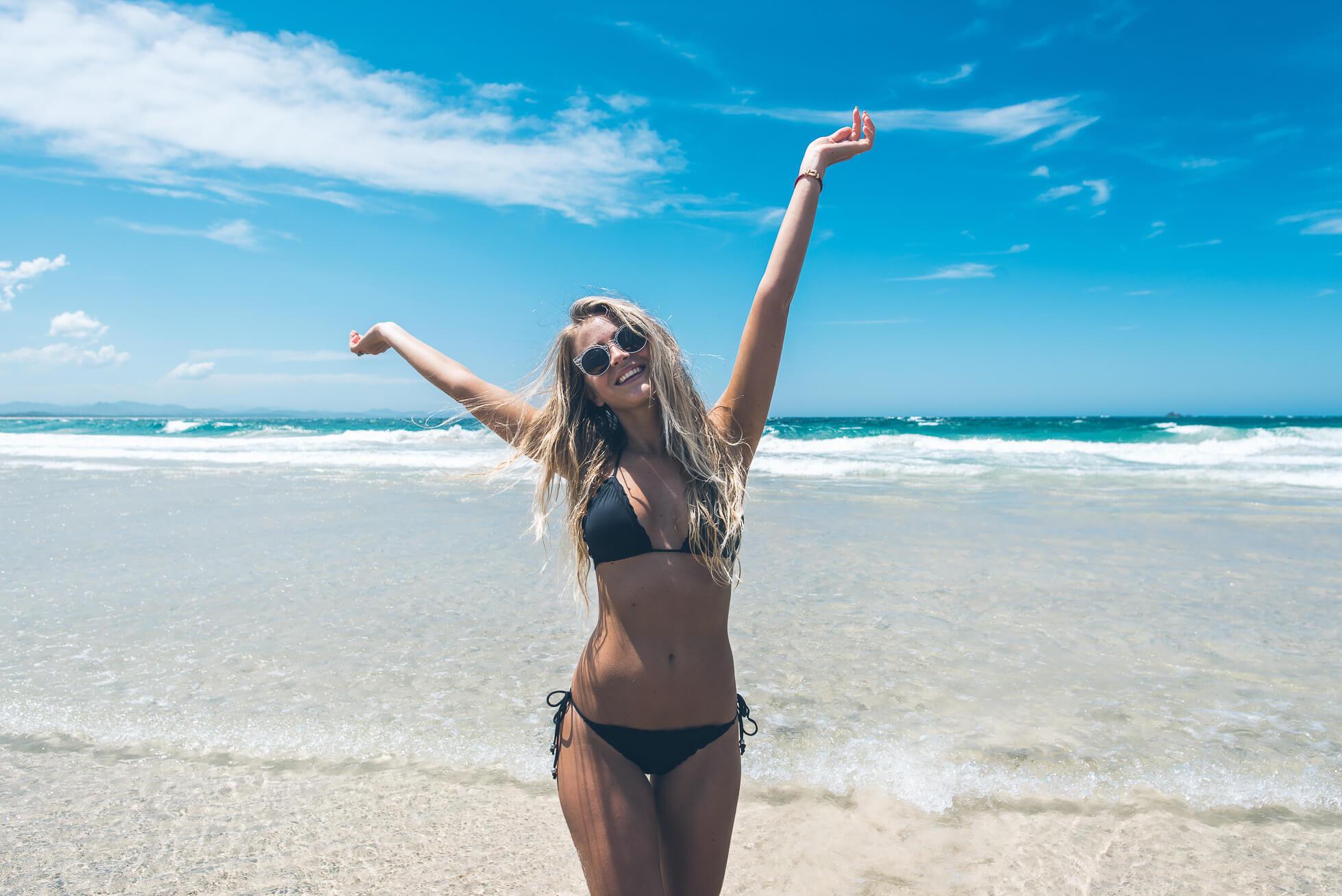 janni-deler-main-beach-byronDSC_3241-Redigera