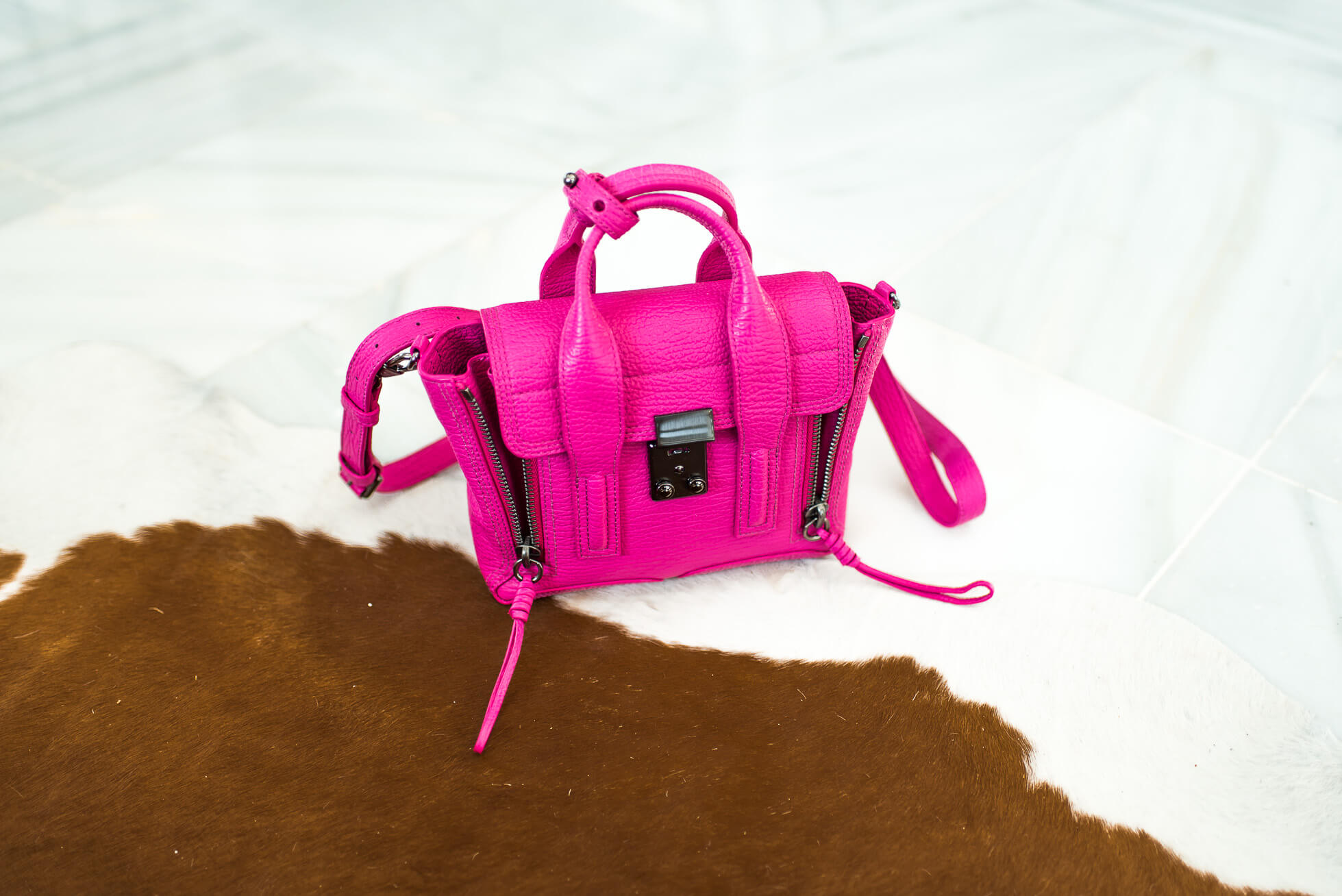 janni-deler-phillip-lim-pink-bagDSC_4393