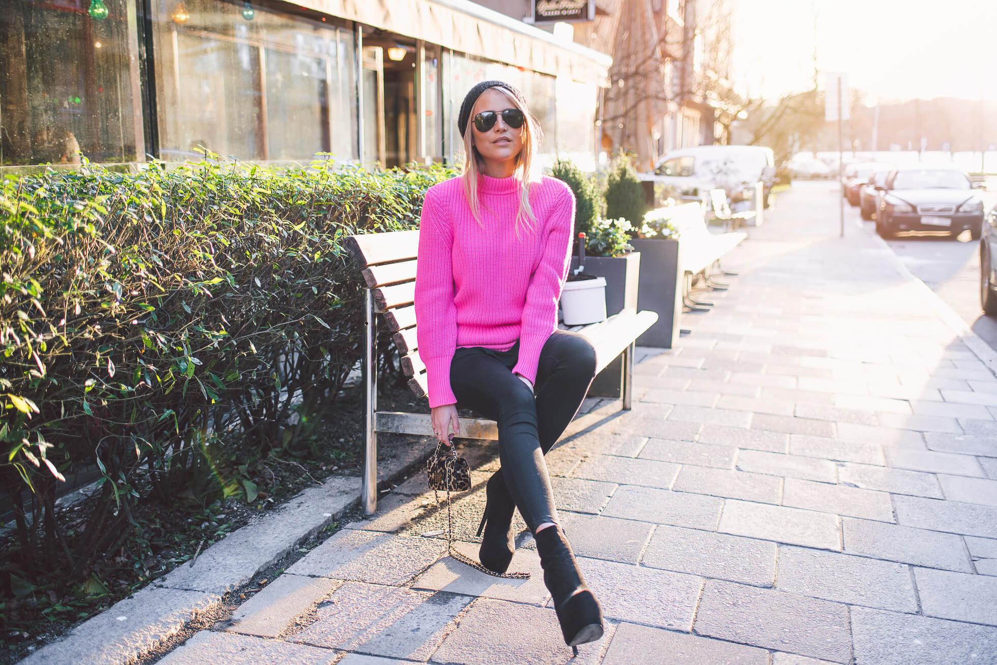 janni-deler-pink-touchDSC_2960-Redigera