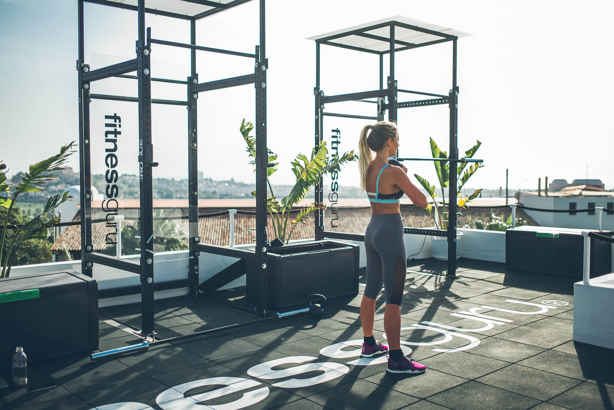 janni-deler-rooftop-workoutL1009039