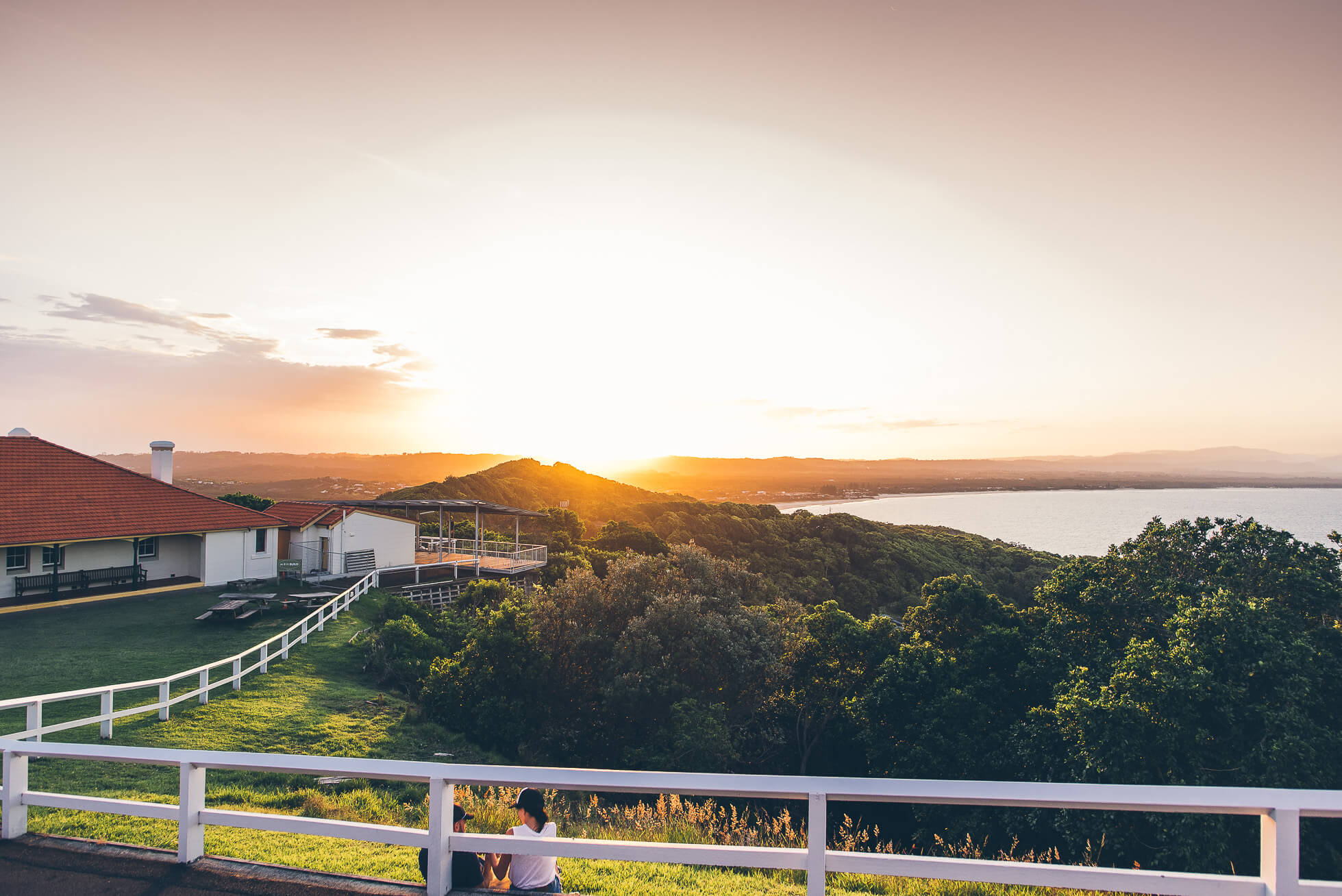 janni-deler-sunset-moment-byronbayDSC_3961