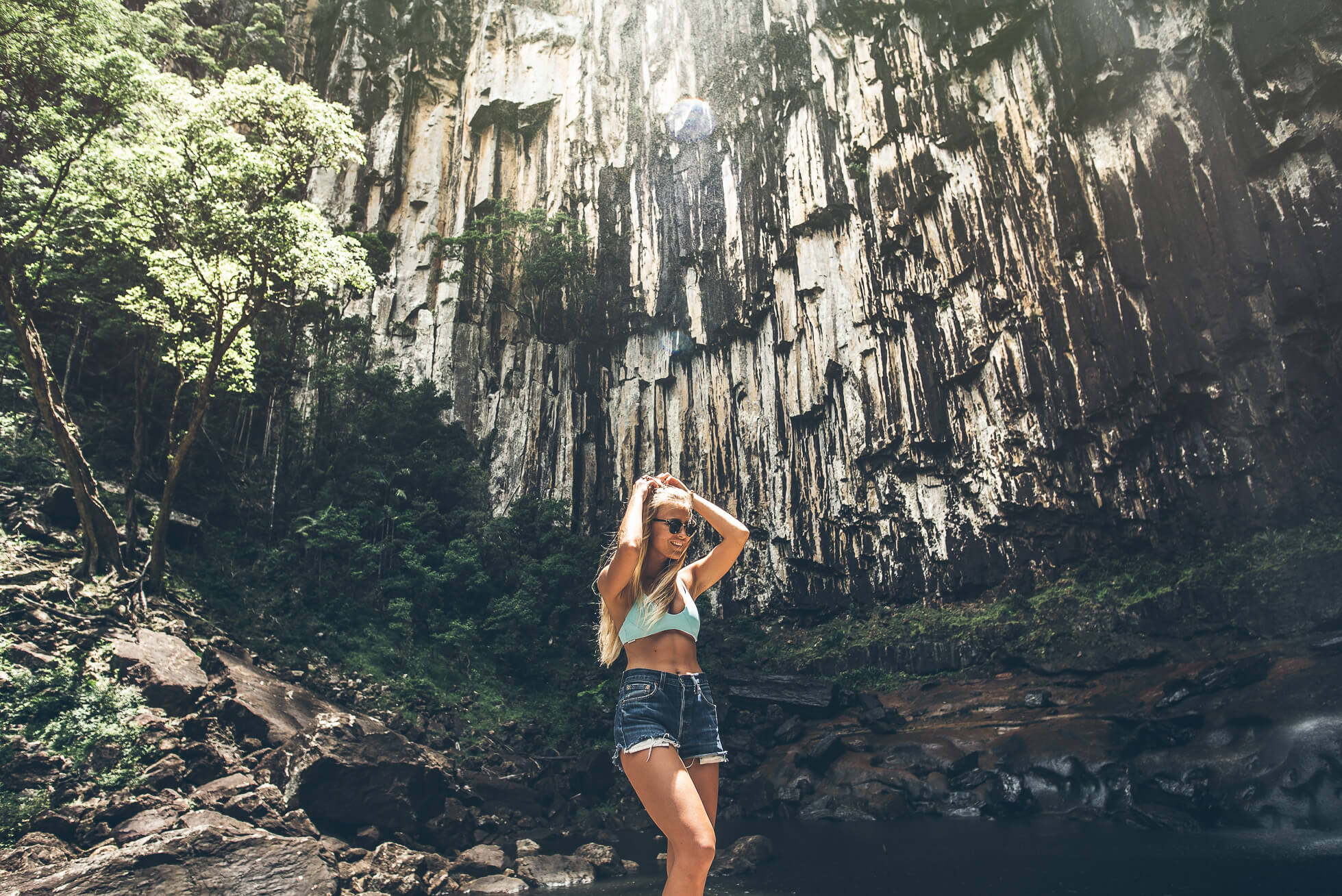 janni-deler-waterfall-hike-byronbayDSC_3401-Redigera