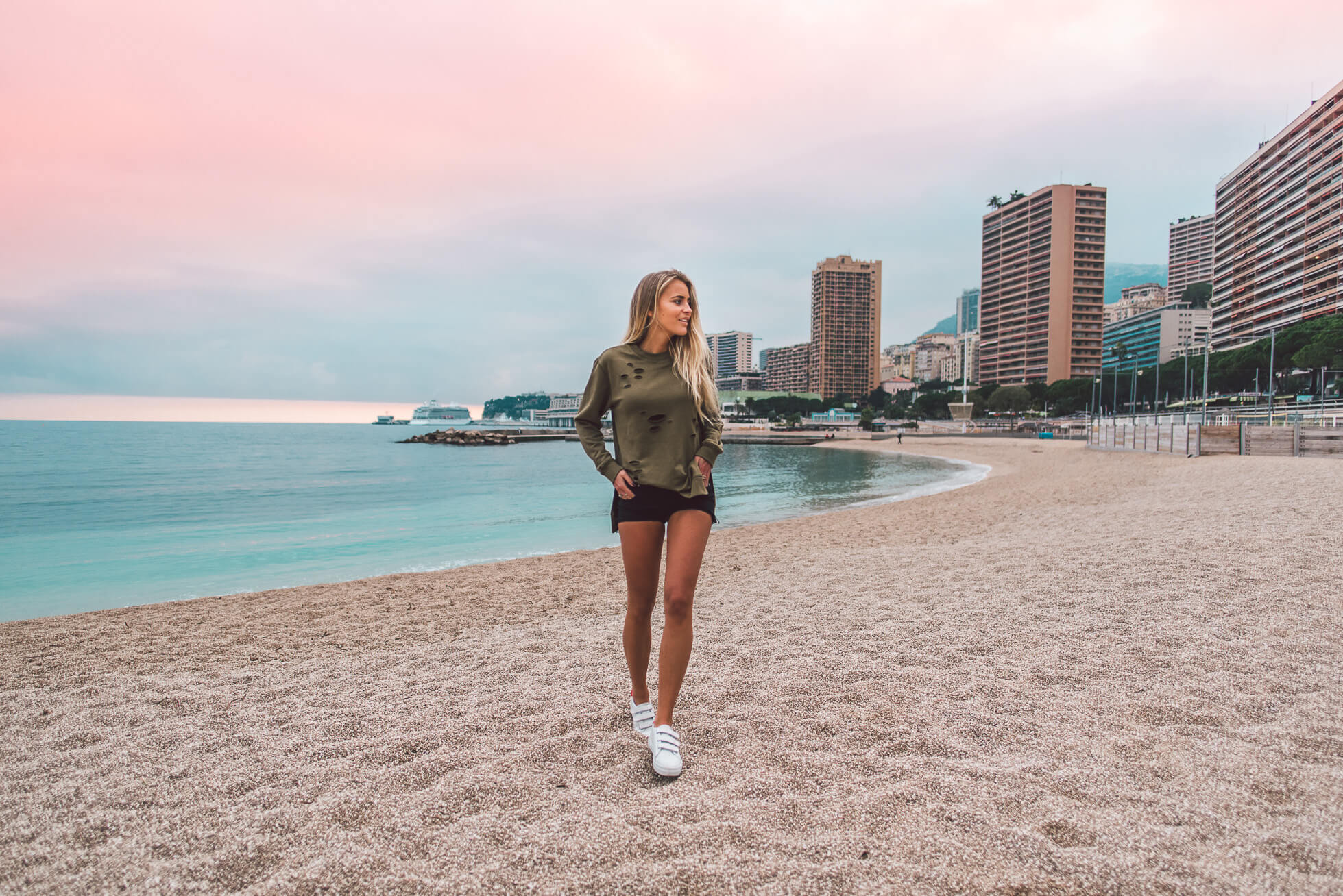 janni-deler-beachy-moment-sunsetDSC_7027