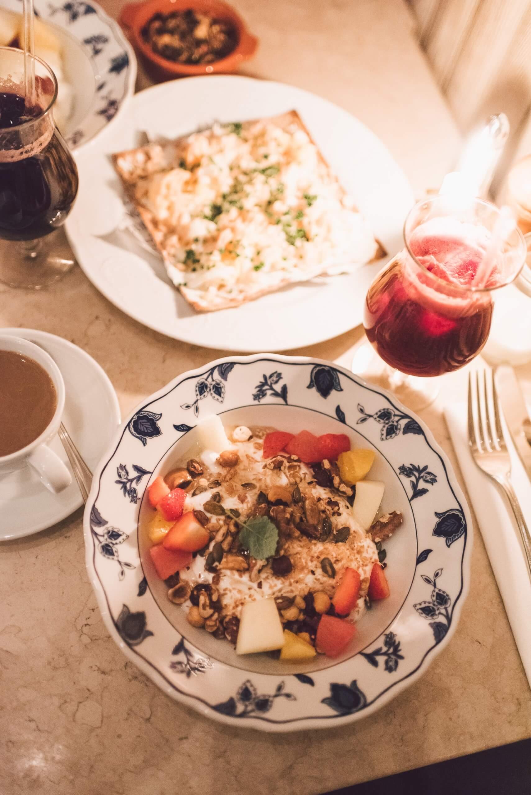 janni-deler-breakfast-dateDSC_6588