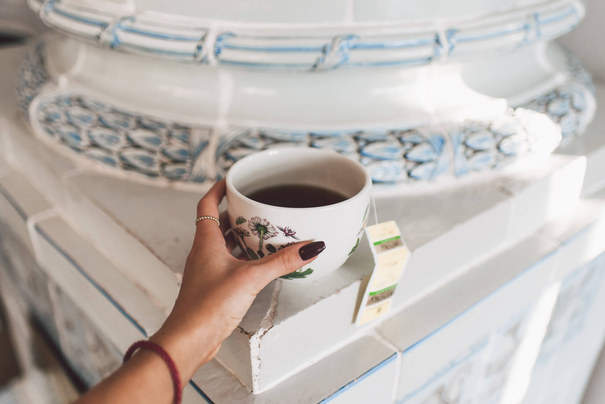 janni-deler-cup-of-teaDSC_6190