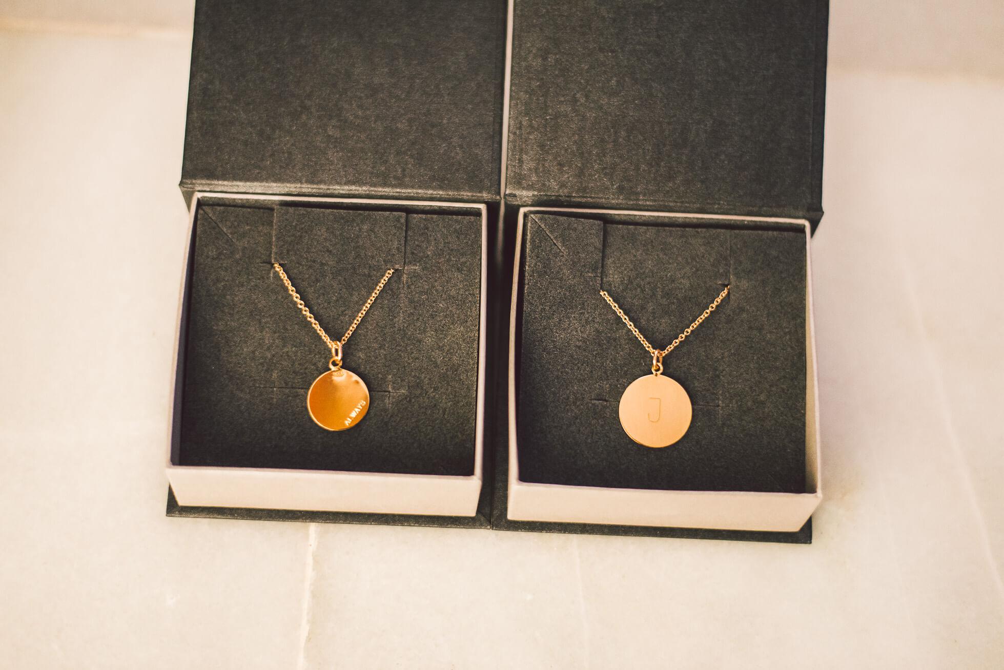 janni-deler-necklace_DSC8570
