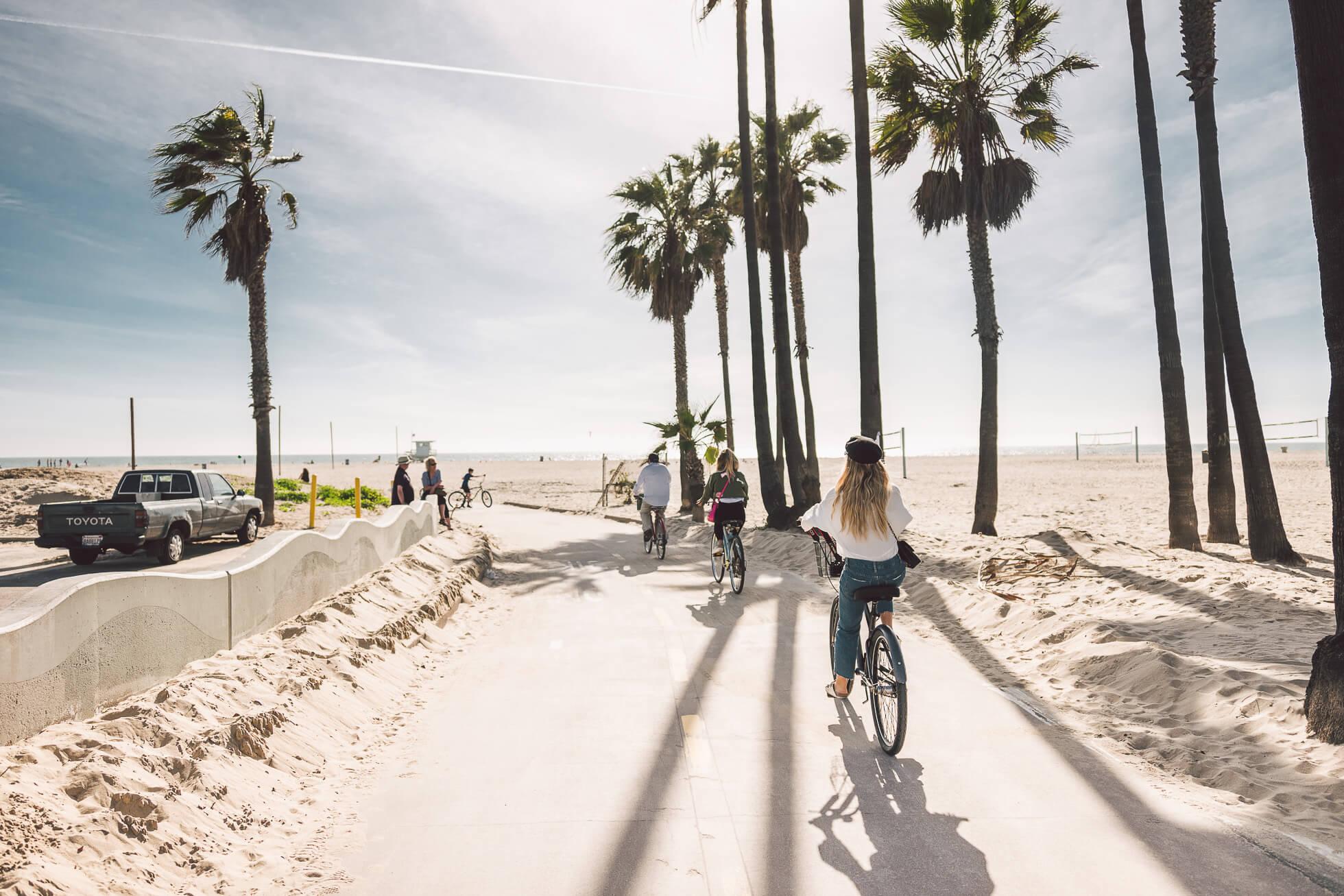 janni-deler-bike-ride-veniceL1010455