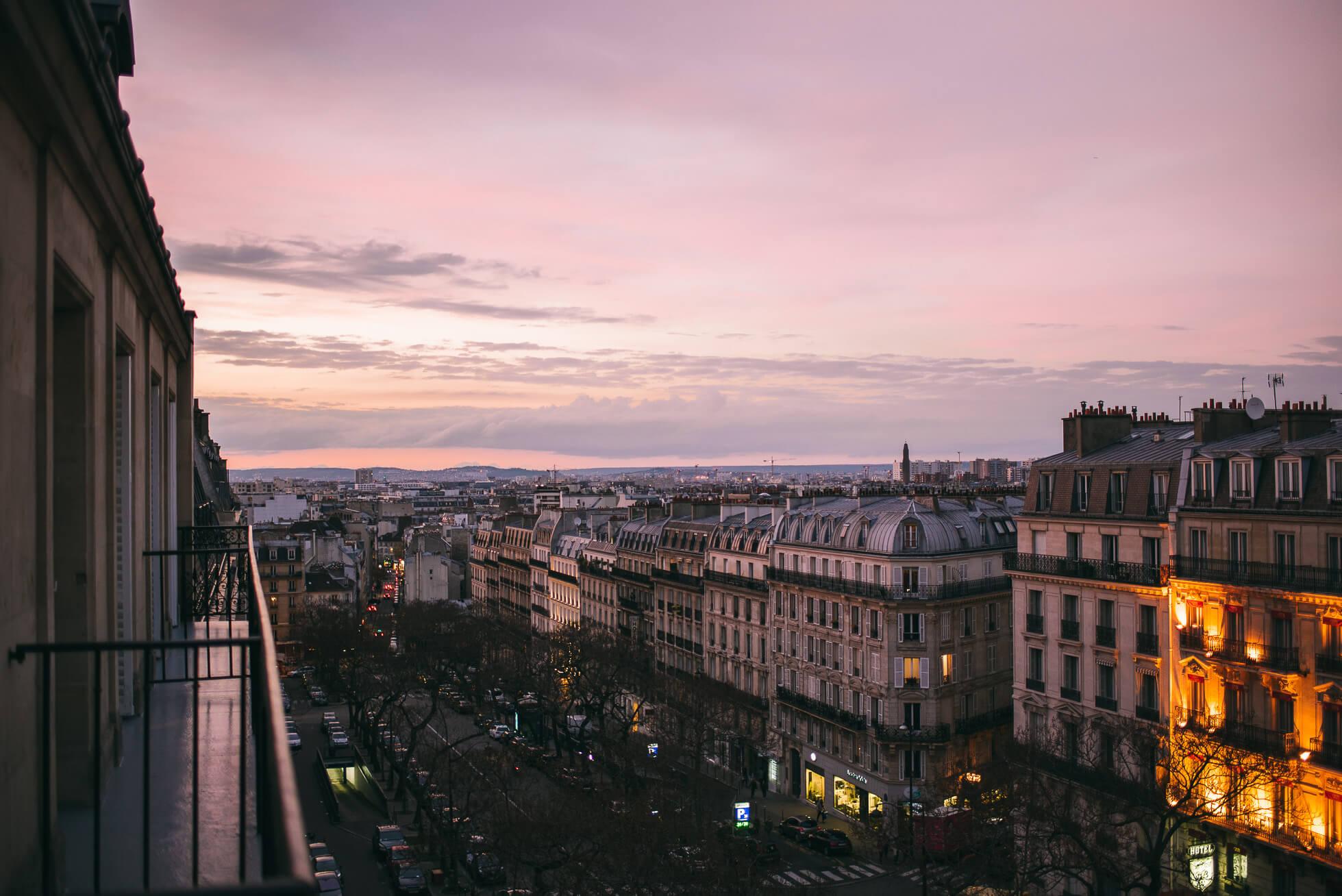 janni-deler-balcony-parisDSC_3267