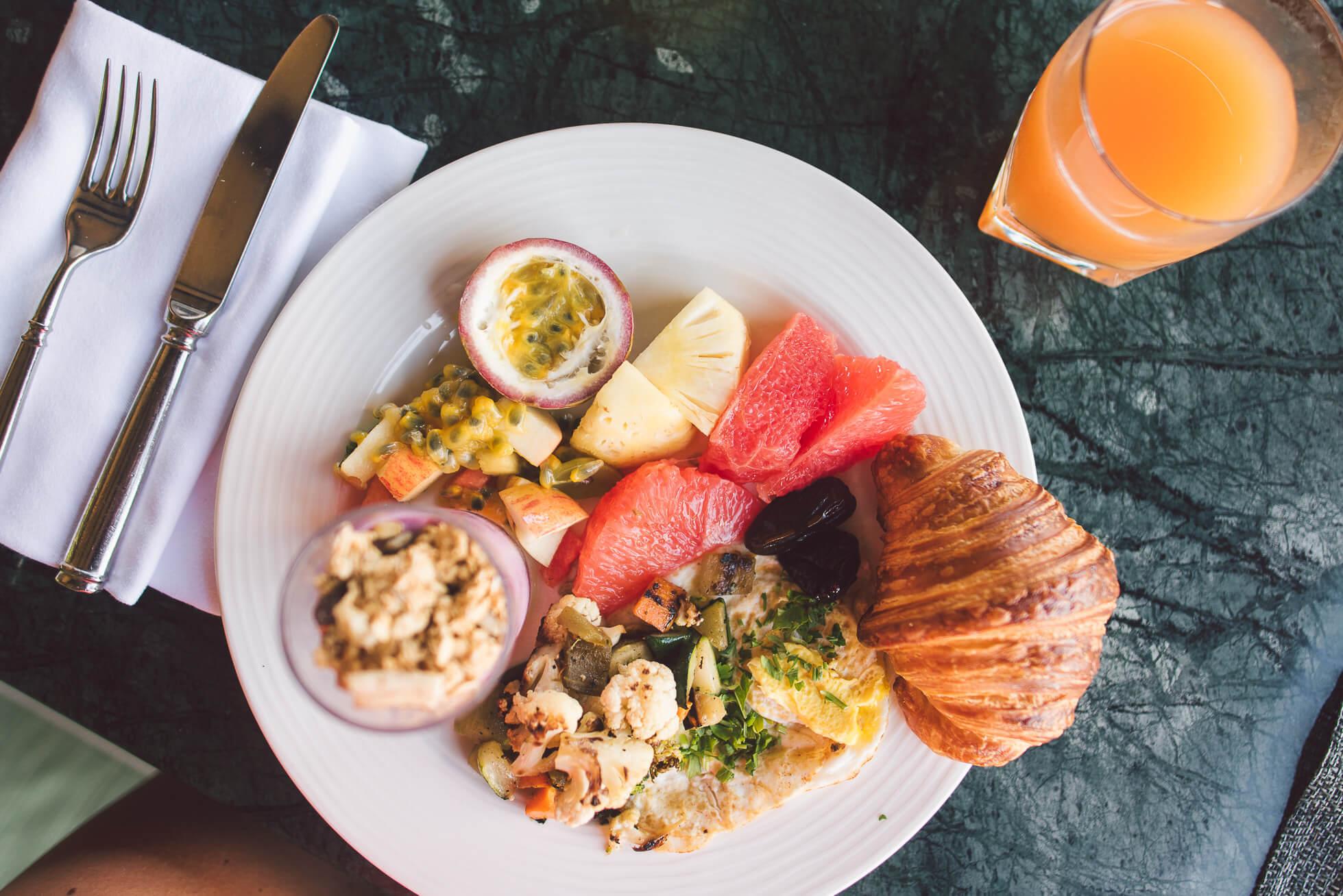 janni-deler-breakfast-viewDSC_3876