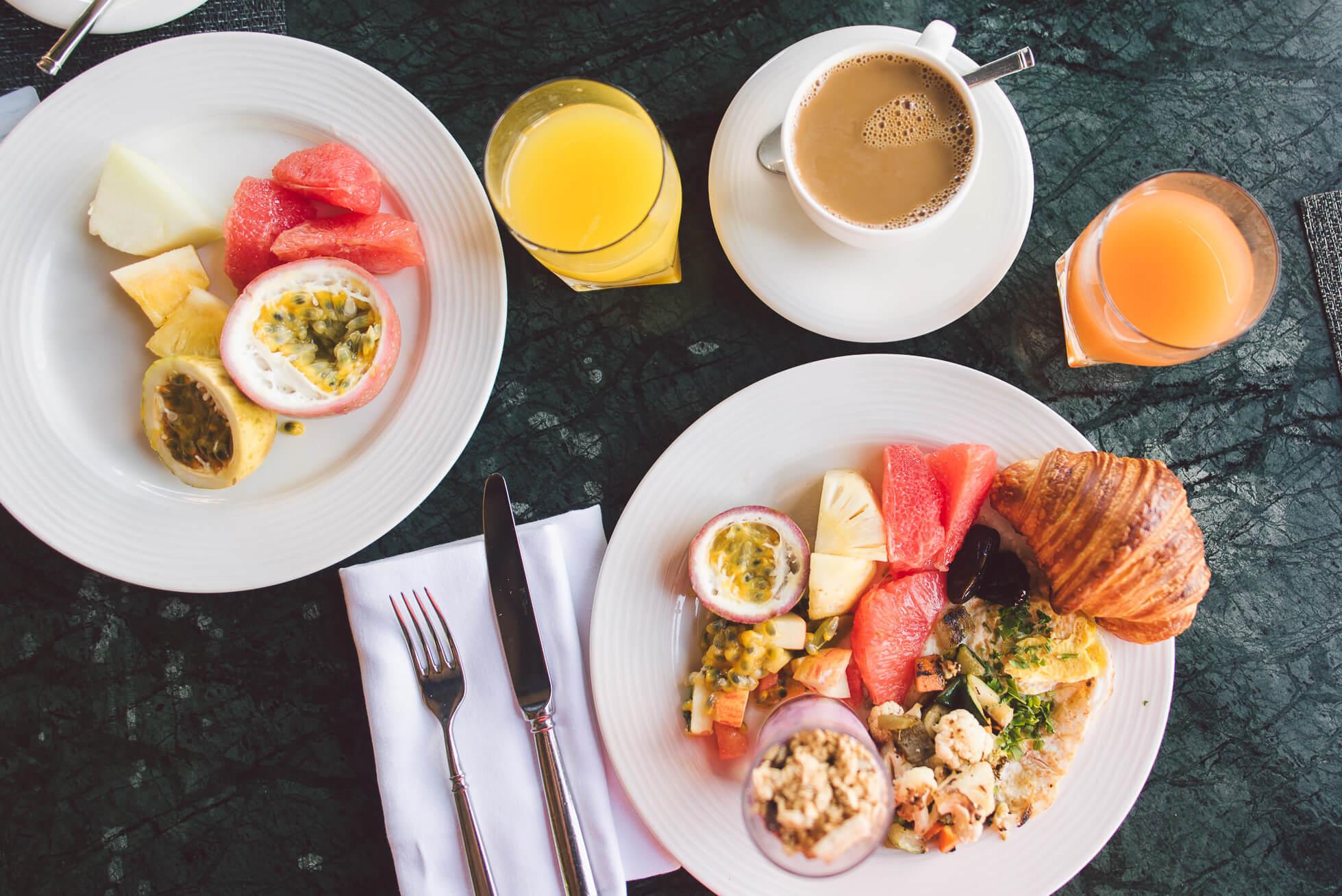 janni-deler-breakfast-viewDSC_3877