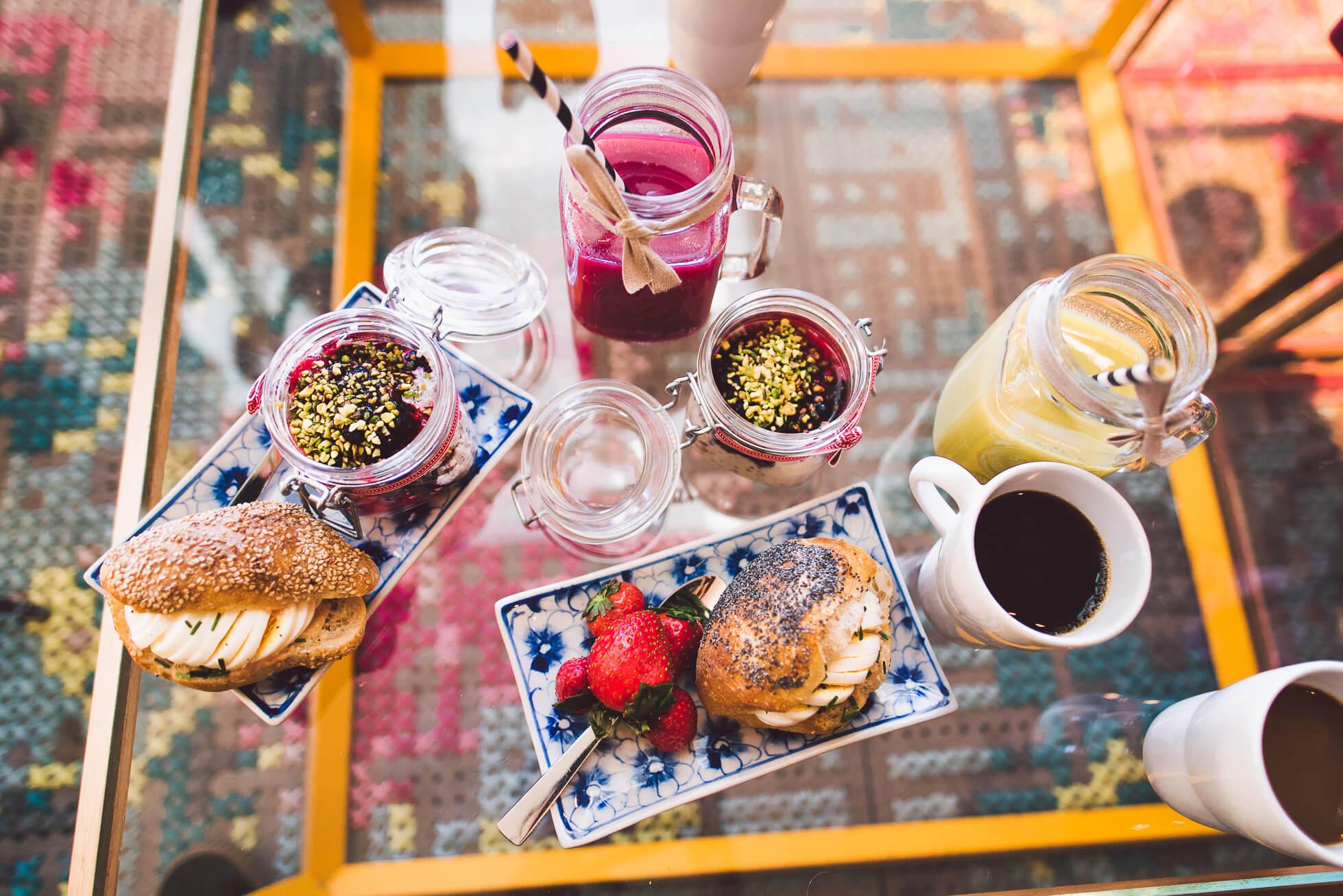 janni-deler-innocent-breakfast-supersmoothiesDSC_3710
