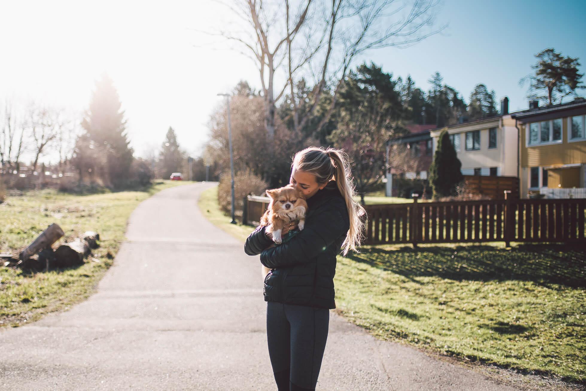 janni-deler-morning-walkDSC_3649