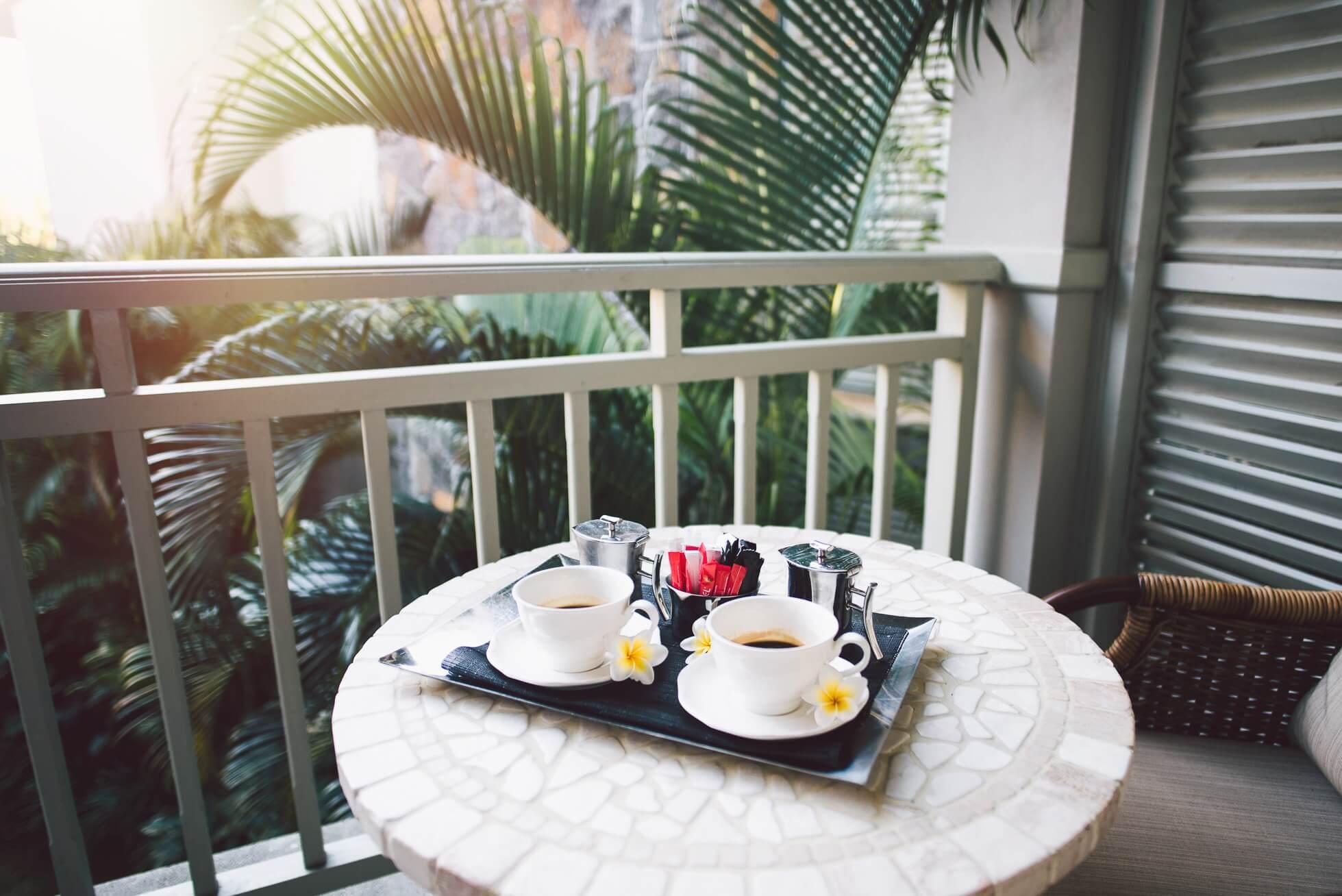 janni-deler-morning-coffeeDSC_3896janni