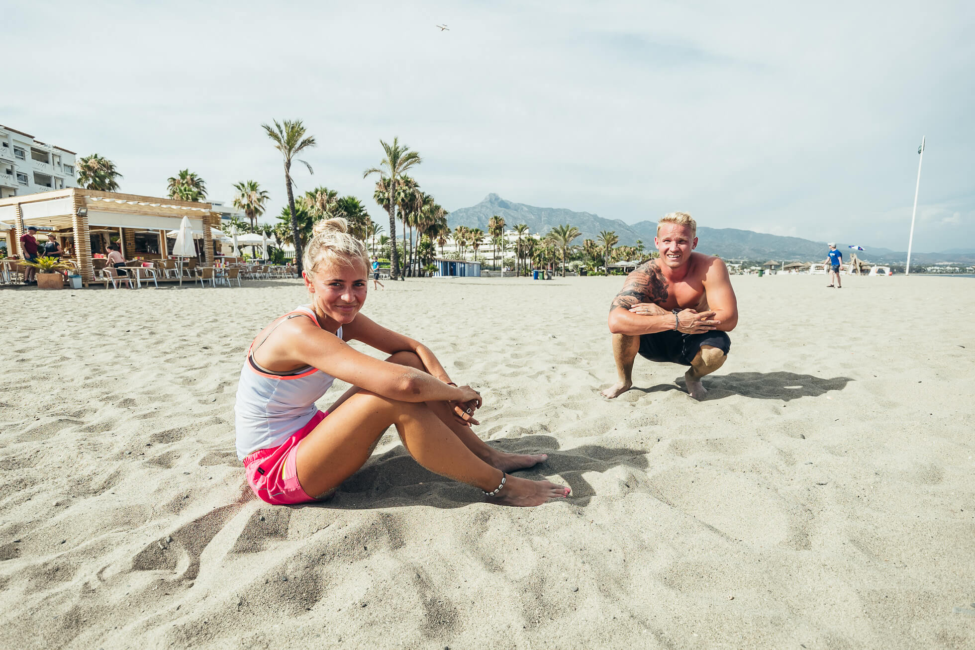 janni-deler-beach-workoutJ1120670