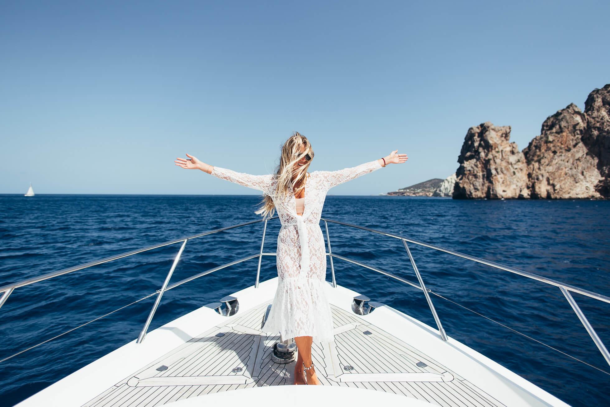 janni-deler-boat-lifeDSC_9042