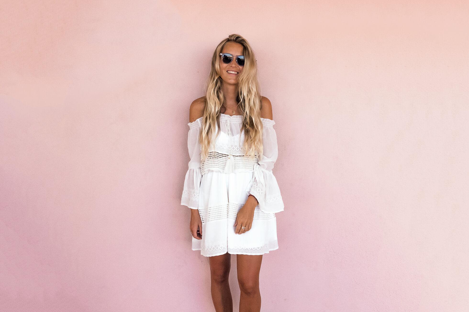 janni-deler-pink-wallsJ1130469-Redigera