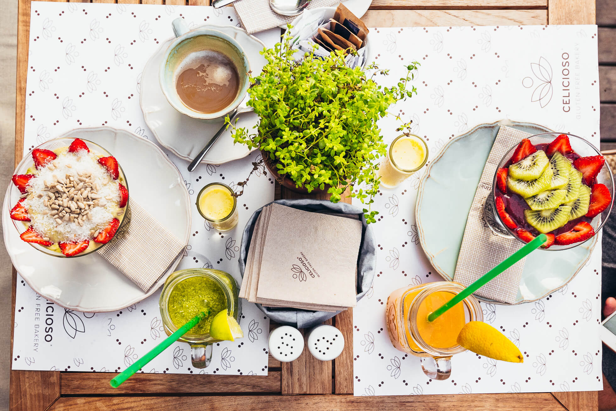 janni-deler-breakfast-spotJ1170211