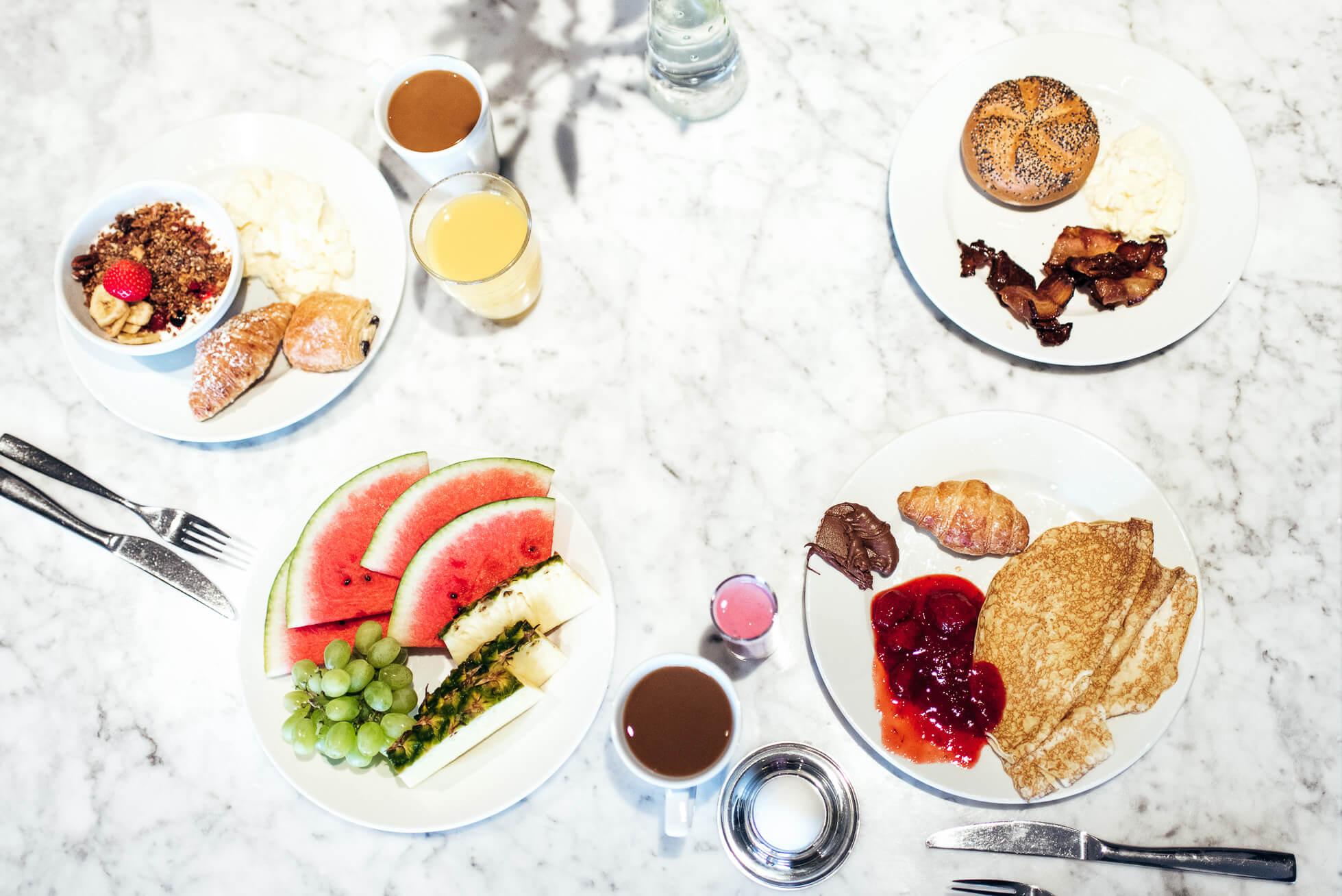 janni-deler-hotel-breakfastDSC_1003-Redigera