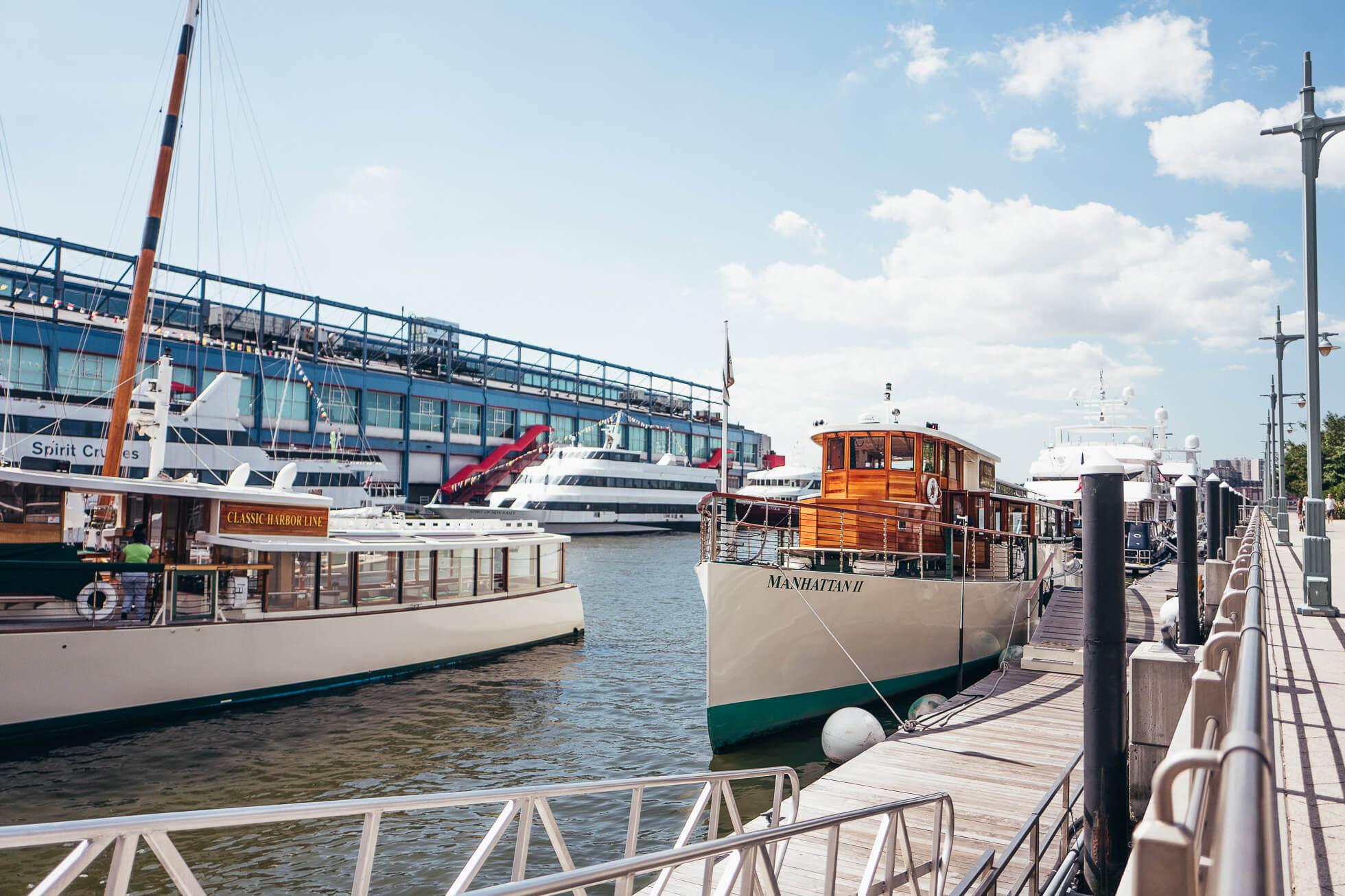 janni-deler-new-york-tour-boatL1090388
