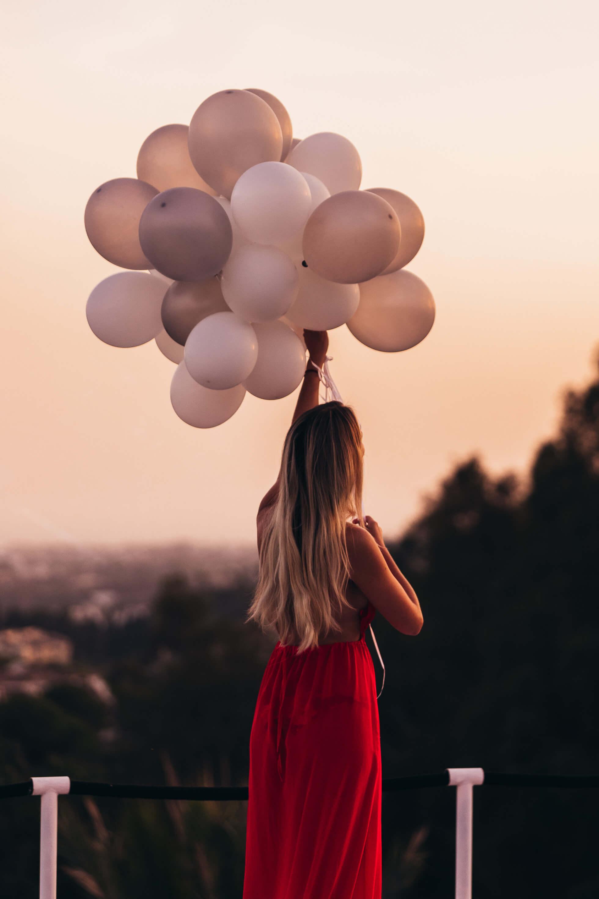 janni-deler-balloon-marbellaj1280293