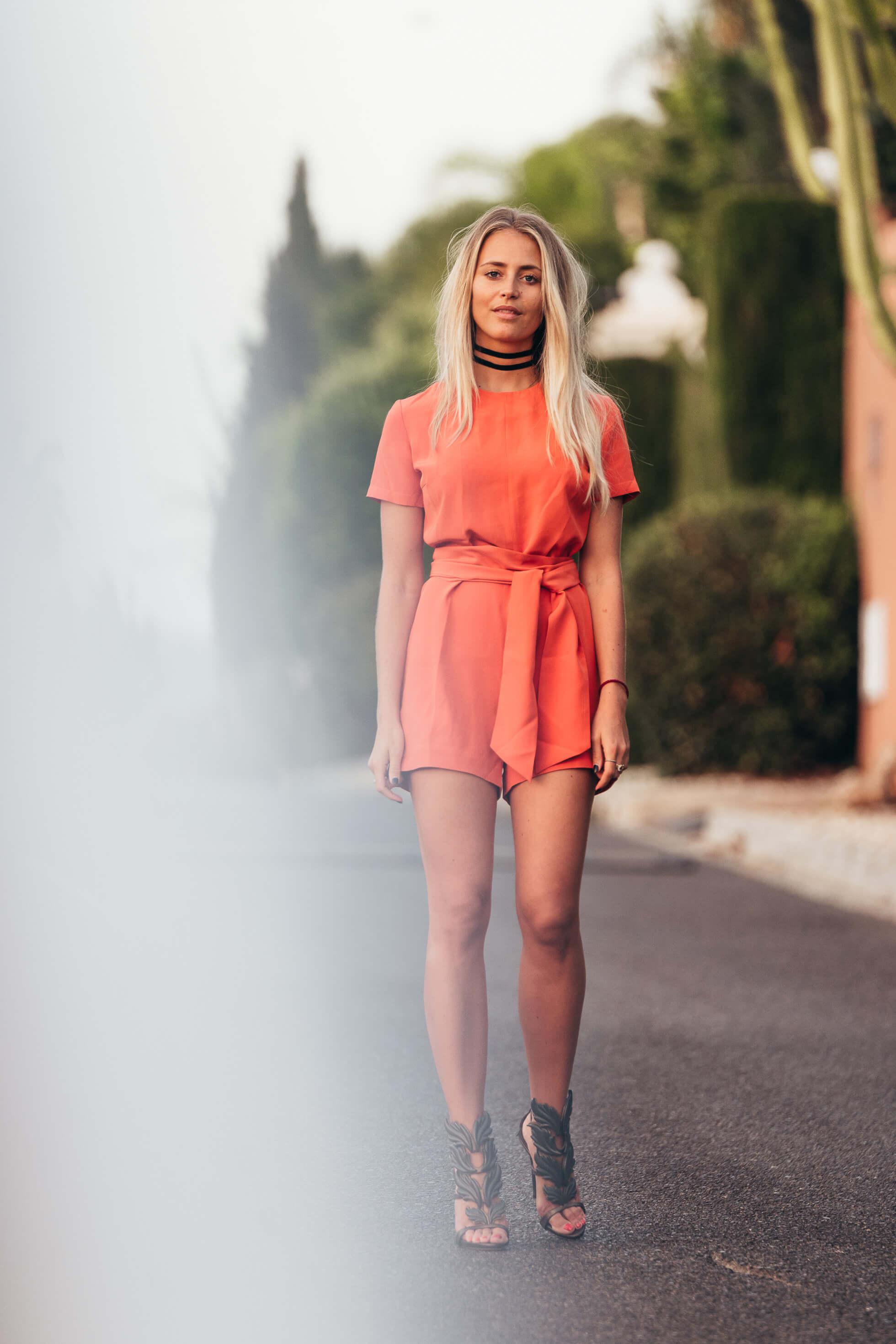 janni-deler-bright-orangej1280374