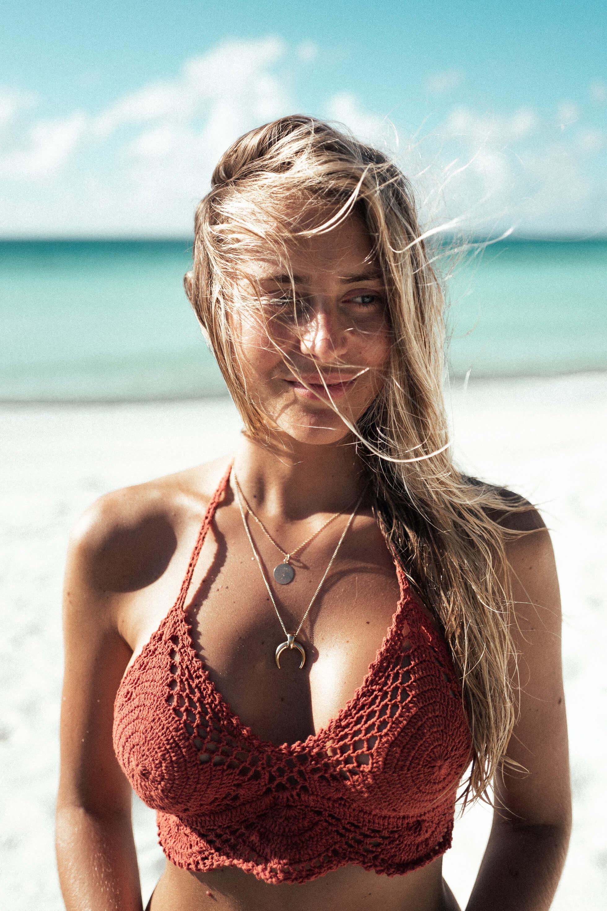 Janni Deler Nude Photos 61