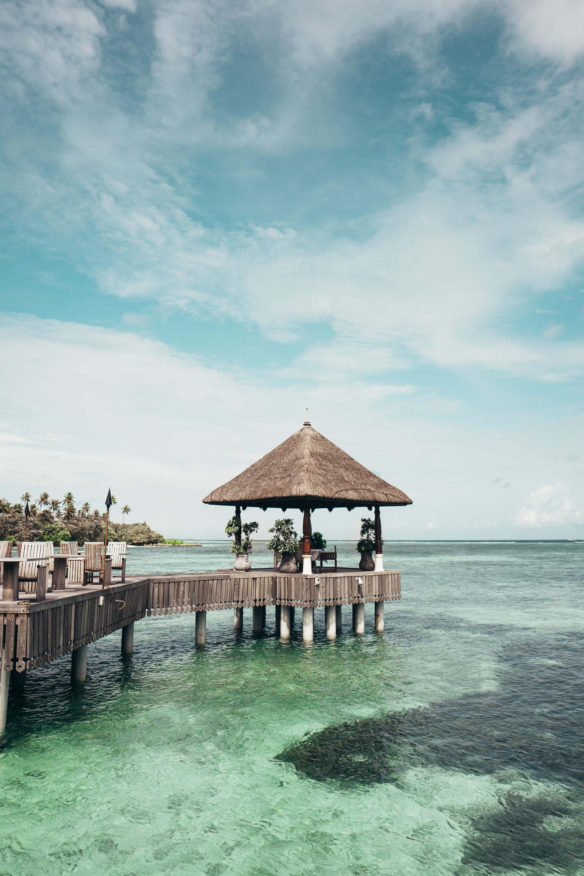 janni-deler-four-seasons-resort-maldivesl1140395